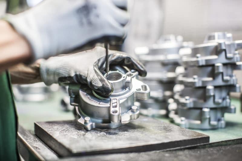 Foto azienda manodopera metalmeccanica