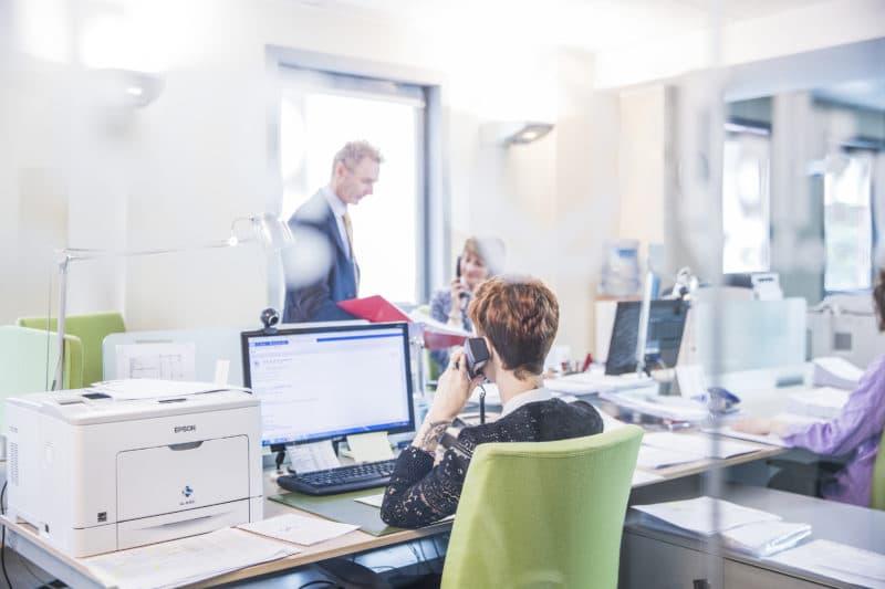Fotografia aziendale ufficio amministrativo