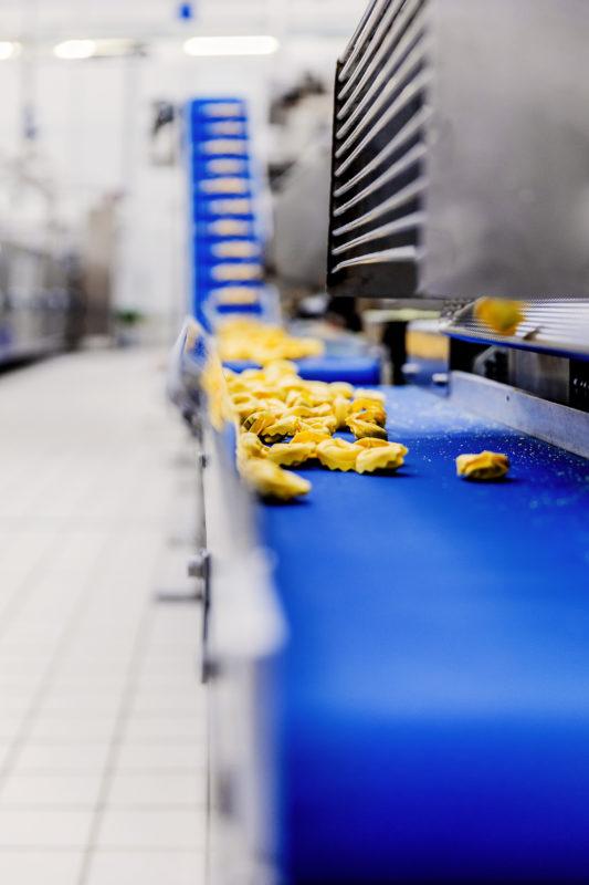 Fotografo industriale produzione tortellini